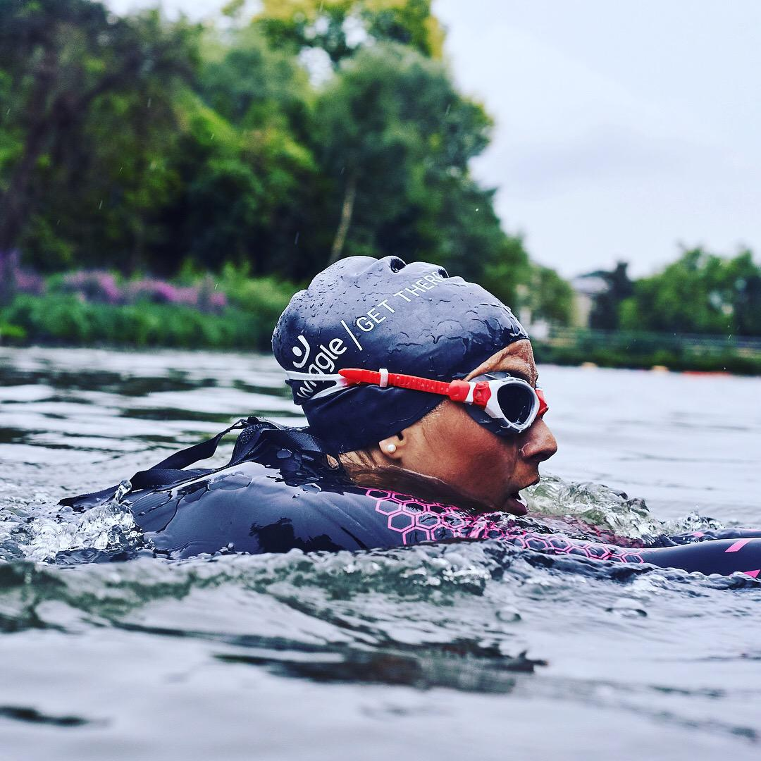Women cold water swimming